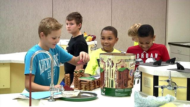 McDaniel Intermediate School students participate in the Colonial Marketplace project. (KTEN)