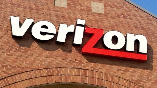 Verizon store sign (Mike Mozart / CC BY 2.0)