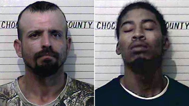 Harley Davidson (L) and Rakeem Lennox escaped from the Choctaw County jail on Wednesday night. (Choctaw County)