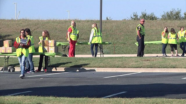 Drive-thru lanes were set up at the Ardmore Convention Center and three other locations for the bio-terrorism drill. (KTEN)