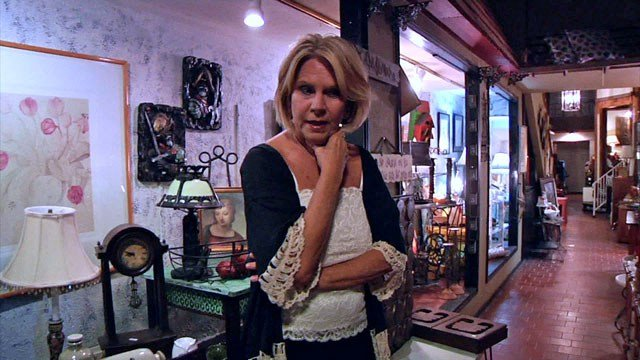 Leslie Archer received a city incentive to help her home furnishings store in downtown Sherman. (KTEN)