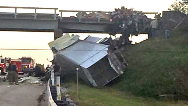 An 18-wheeler crashed into an overpass on I-35 between Ardmore and Marietta late Wednesday afternoon. (Courtesy Amanda Turner)