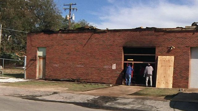 A former school district building burned in Ardmore. (KTEN)