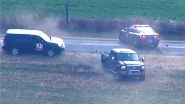Central Oklahoma police pursue a pickup truck. (KFOR)