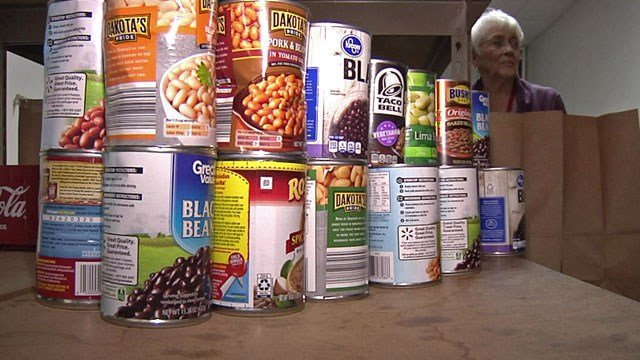 The Salvation Army in Sherman is struggling to keep the shelves of its food pantry filled. (KTEN)