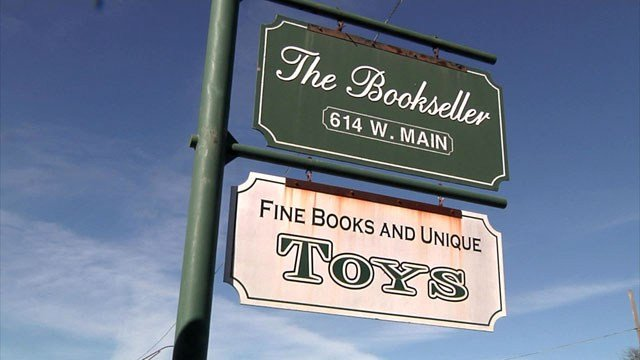 The Bookseller has been a fixture on Main Street in Ardmore since 1972. (KTEN)