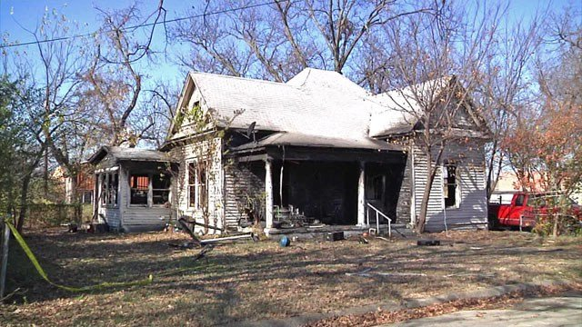 A three-year-old boy and a five-year-old girl died after fire swept this Gainesville residence. (KTEN)