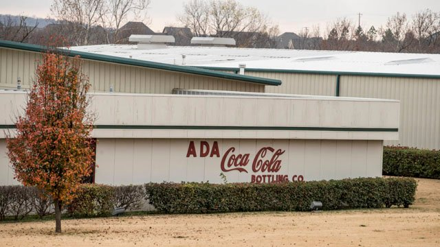 While at SOAR in Ada, Okla., defendants must work full time for free at a local Coca-Cola bottling plant and other companies, under threat of prison if they don't comply. (Credit: Shane Bevel for Reveal)