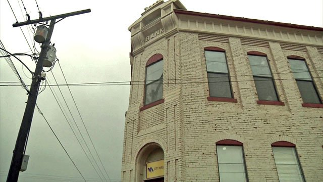 Van Alstyne's City Hall is a 127-year-old bank building. (KTEN)