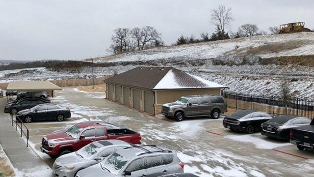 A light, powdery snow dusted Denison on Sunday morning. (KTEN)