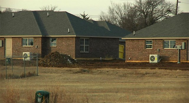 The City of Kingston and the Marshall County Water Corporation don't agree on where residents of a new duplex development should get their water. (KTEN)