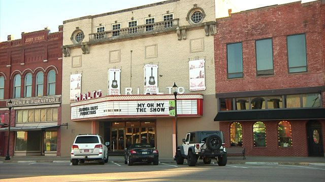 Denison's Rialto Theater opened in 1920 as a movie palace. (KTEN)