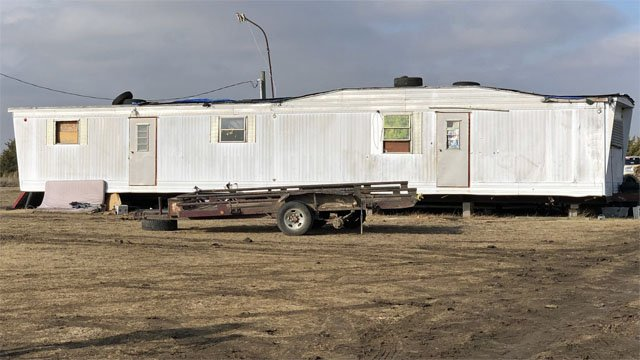 A caller told Fannin County authorities that Jeremy Stevenson was hiding out in this trailer near Trenton. (KTEN)