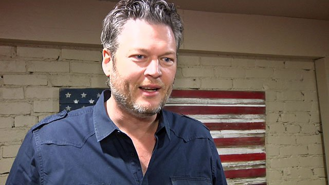 Blake Shelton talks to KTEN before his Ole Red concert. (KTEN)