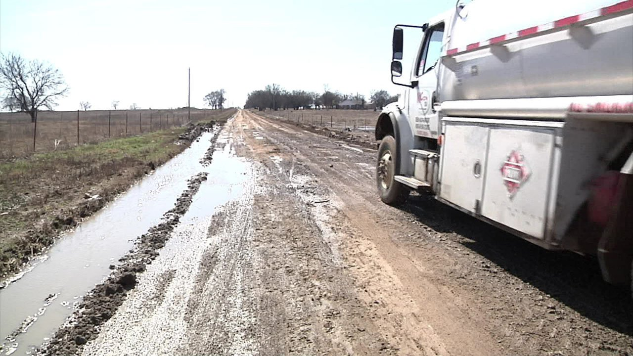 Hopewell Road wasn't designed for the amount of traffic it's now handling. (KTEN)