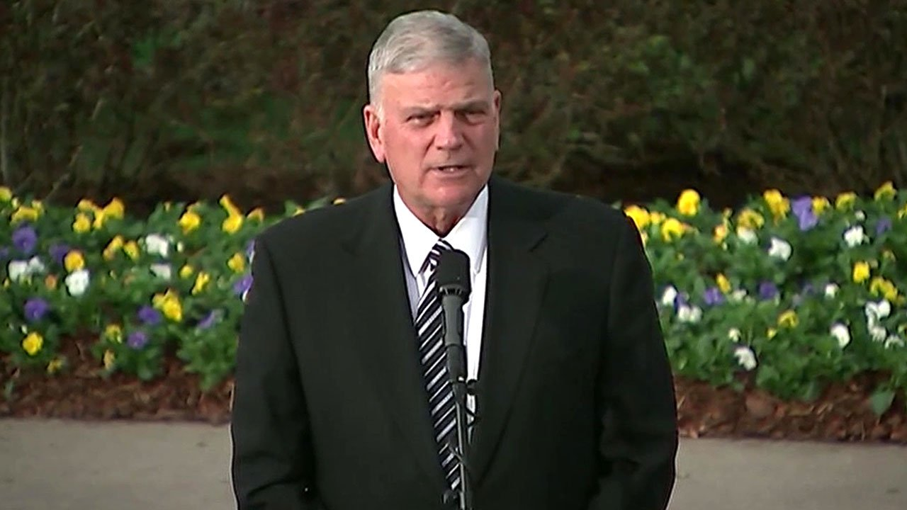 Franklin Graham addressed mourners at his father's funeral service. (NBC News)