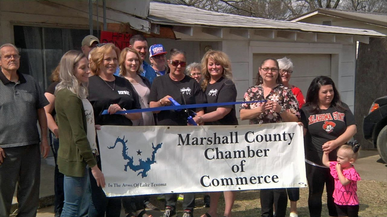 Hope for Marshall County cut the ribbon on its new food pantry in Oakland, Oklahoma.  (KTEN)