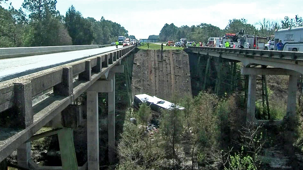 A bus carrying Houston-area students plunged into a ravine on Interstate 10 in Alabama. (WPMI via NBC News)