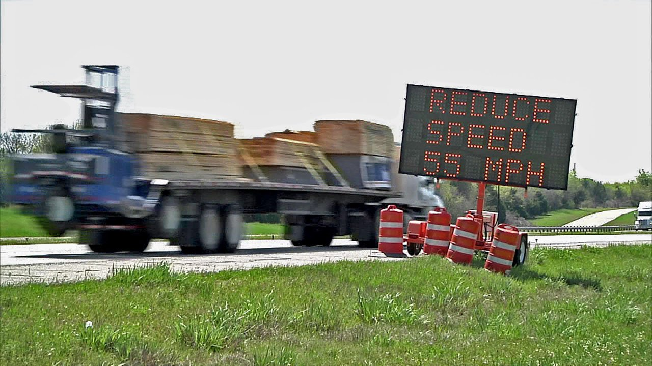 Motorists are urged to be alert in the U.S. 75 construction zone. (KTEN)
