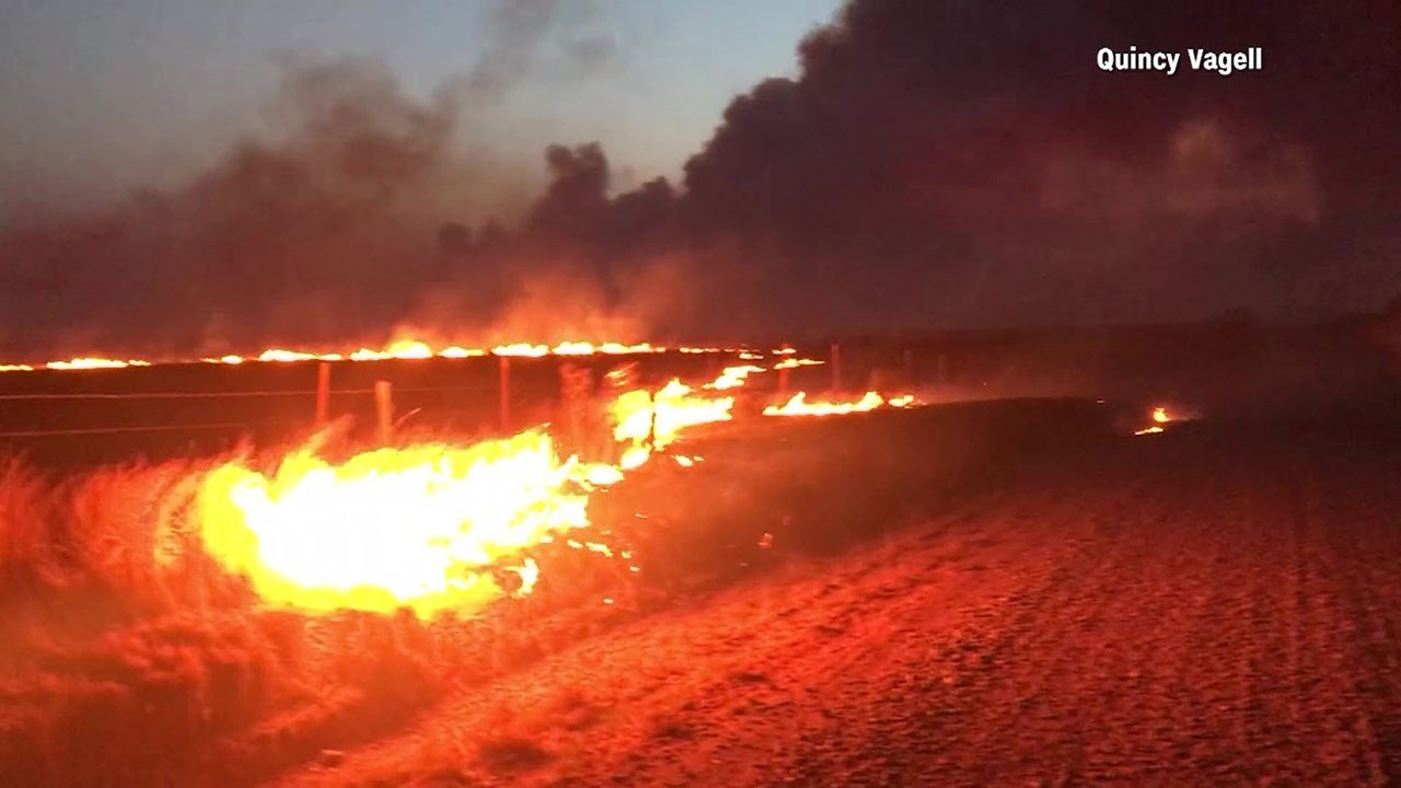 A hunter was trapped by this wildfire in Dewey County, Oklahoma. (Quincy Vagell via CNN)