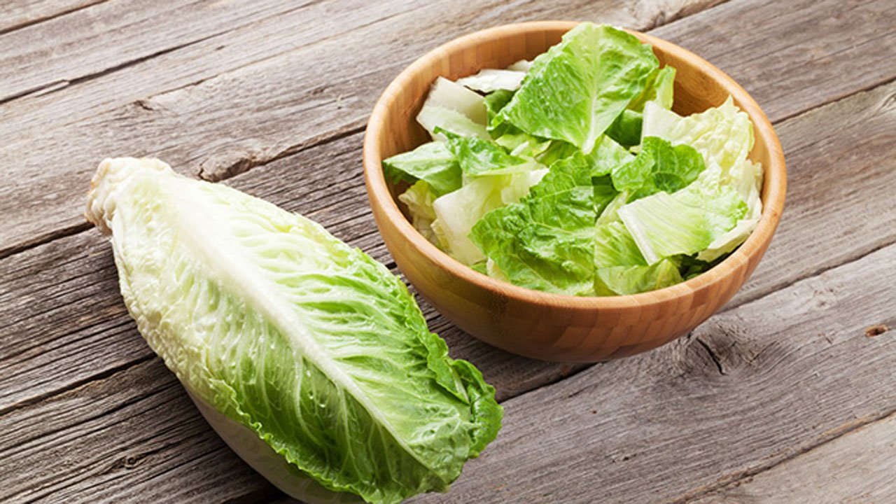 There's an E. coli outbreak associated with romaine lettuce. (CDC photo)