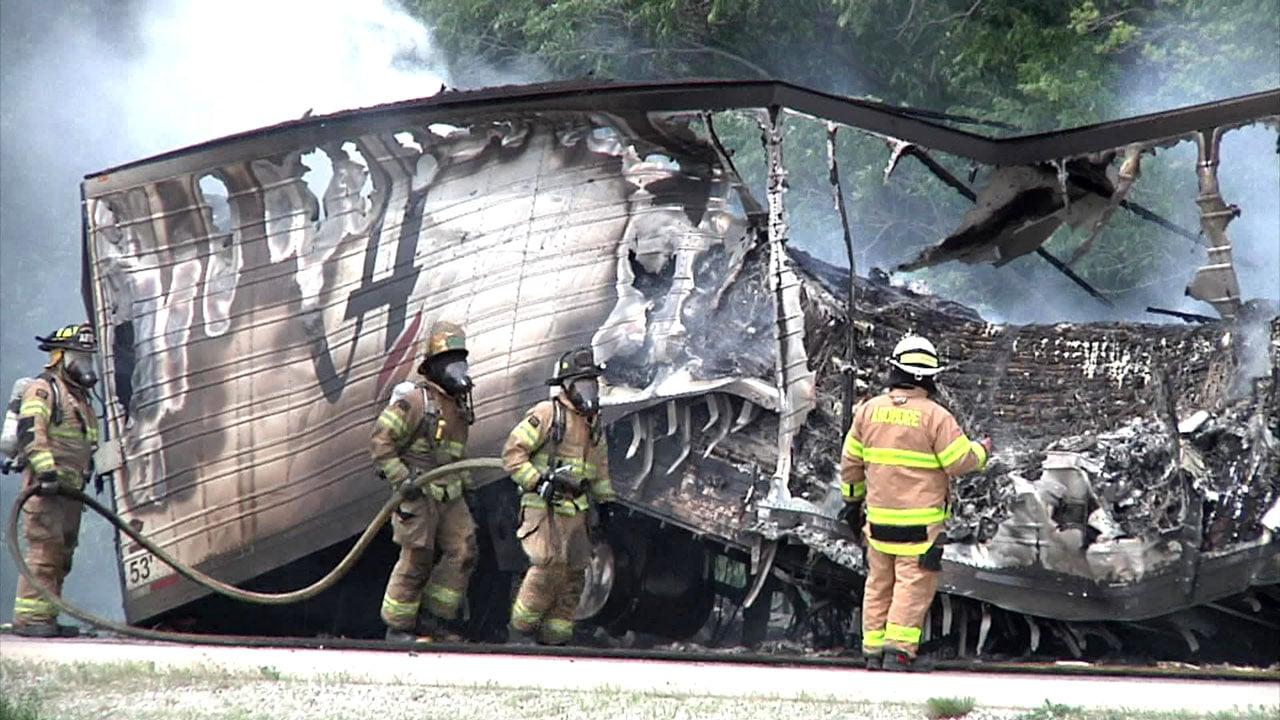 Traffic on I-35 near Ardmore was slowed after an 18-wheeler caught fire. (KTEN)