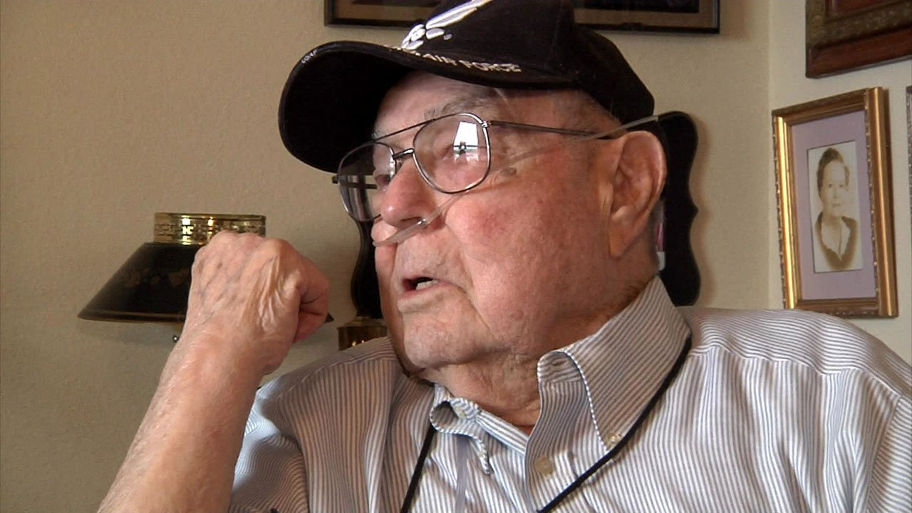 Veteran military pilot J.W. Ashmore was honored by the Texoma Heroes Program on May 25, 2018. (KTEN)