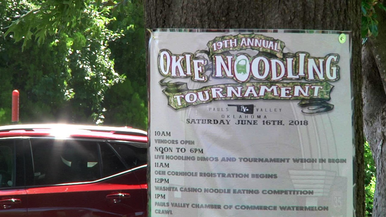 A sign at the 2018 Okie Noodling Tournament in Pauls Valley. (KTEN)