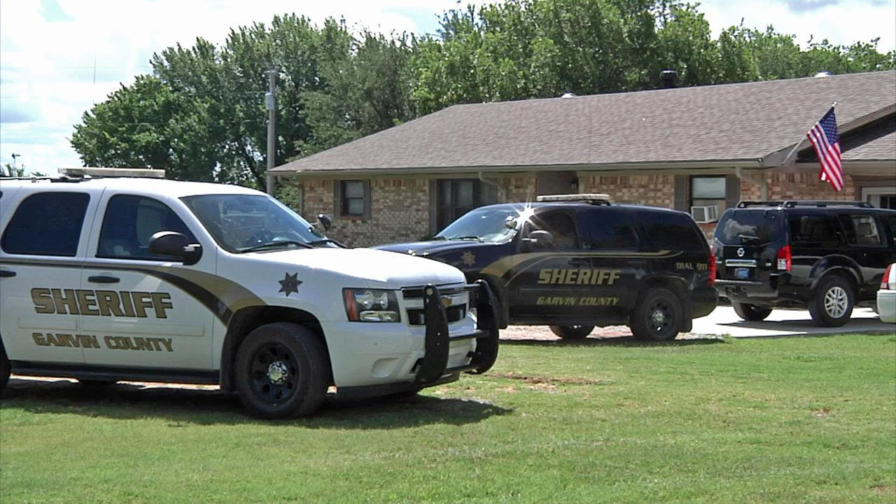 A Garvin County man was arrested after allegedly firing a weapon at his mother at this residence near Wynnewood on June 18, 2018. (KTEN)
