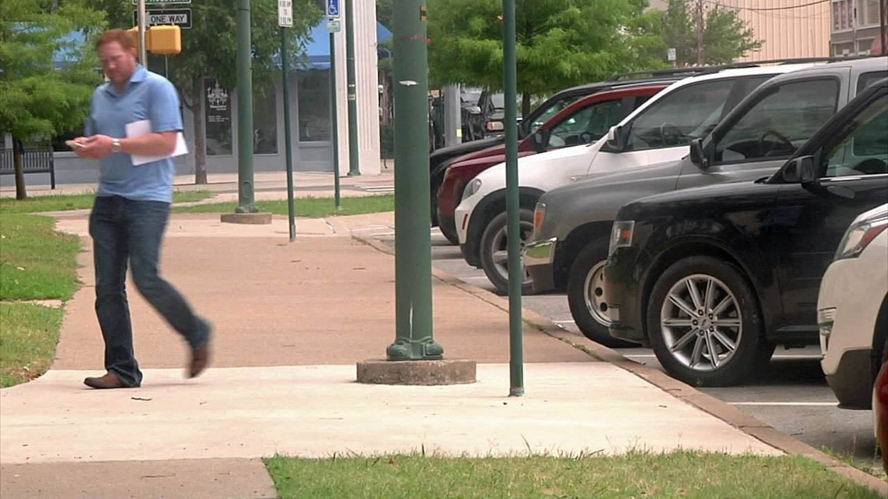 Police advise removing valuables from your car before parking. (KTEN)
