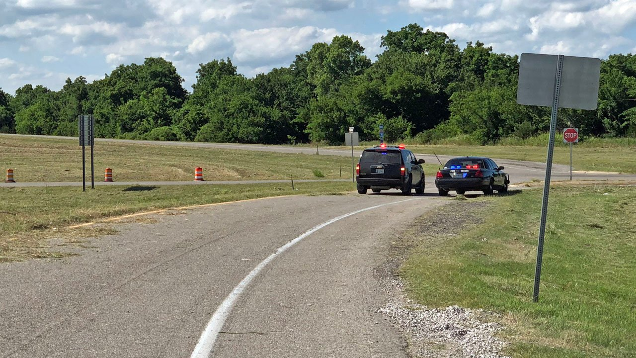 Exit 74 on Interstate 35 near Pauls Valley was closed as a bomb scare was investigated on June 20, 2018. (KTEN)