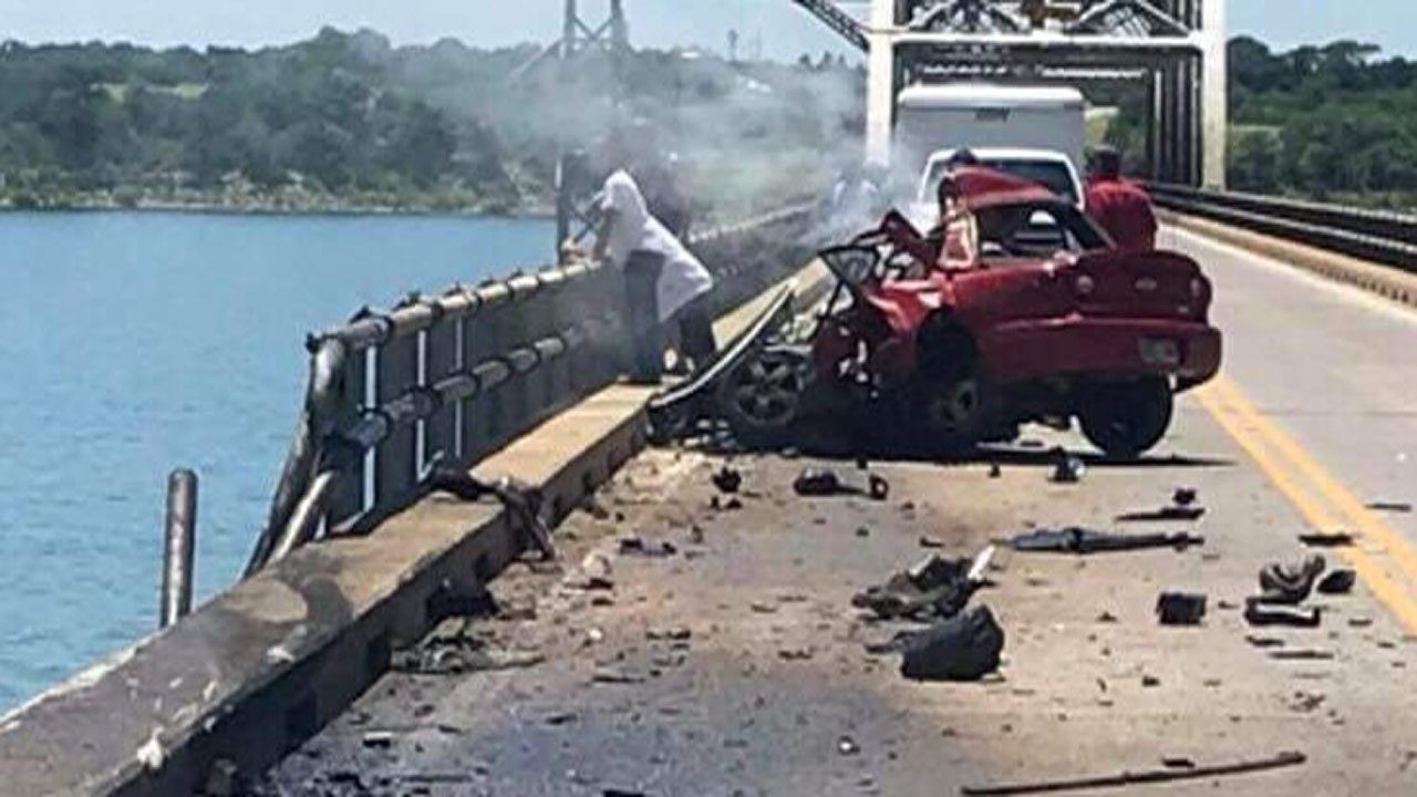 A fiery crash shut down the Roosevelt Bridge over Lake Texoma on June 21, 2018. (Courtesy Rylee Dailey)