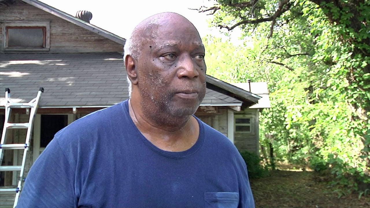 Jack Manning expressed gratitude for volunteers who are refurbishing his Denison home. (KTEN)