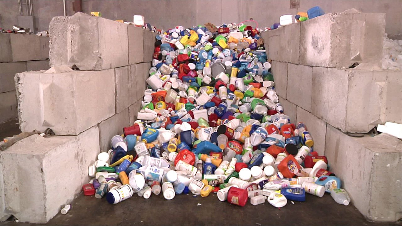 The Choctaw Recycling Center will soon be processing its 20 millionth pound of materials. (KTEN)