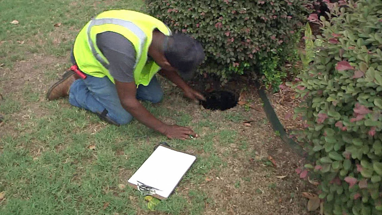 New technology could eliminate the need to manually read water meters in Durant. (KTEN)