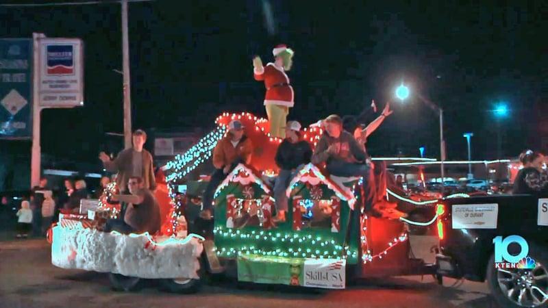 Scene from the 2019 Durant Christmas Parade. (KTEN)