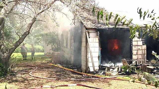 House burns in Howe