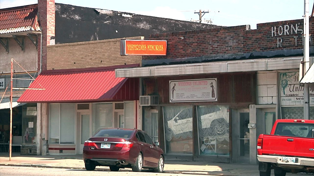 Marietta has a plan to revitalize businesses and repair streets. (KTEN)