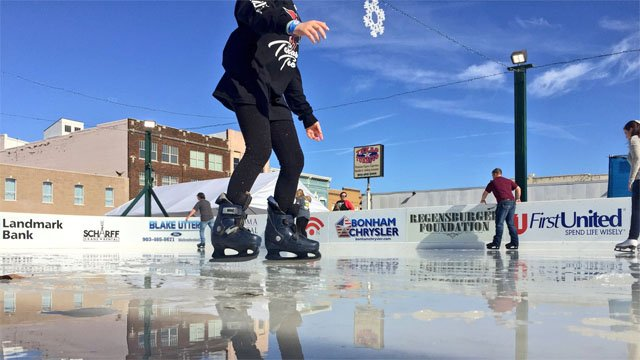 Denison on Ice is back in the downtown district. (KTEN)