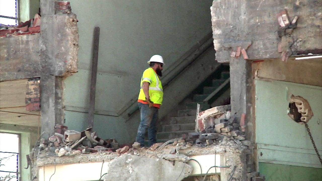 Denison's former Central Ward School is being demolished. (KTEN)