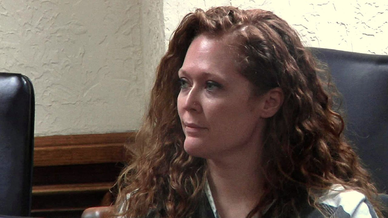 Former Davis teacher Cassandra White at her arraignment hearing. (KTEN)