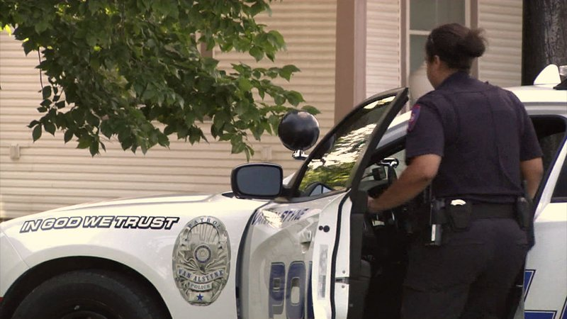 Police officers in Van Alstyne are getting a raise next year. (KTEN)
