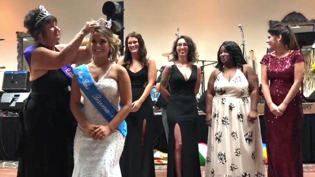 Kenzie Baca is crowned Miss Lake Texoma by her 1966 predecessor Pam Daniel at Tanglewood Resort on August 2, 2018. (KTEN)