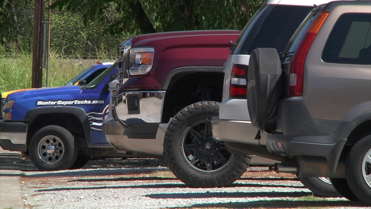 Ardmore police seven vehicles parked along Manor Mall Road were broken into. (KTEN)