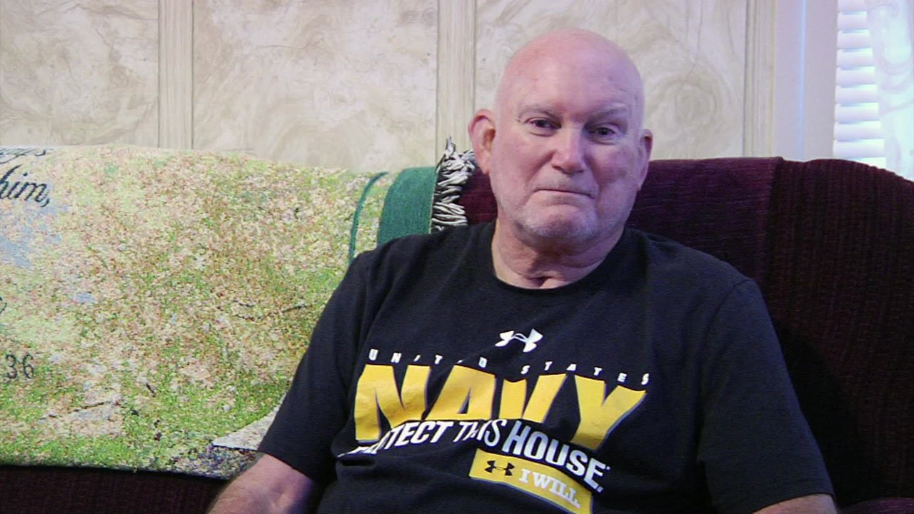 Mel Carruth is hoping to find the family of U.S. Army Lt. John Carl Thompson. (KTEN)