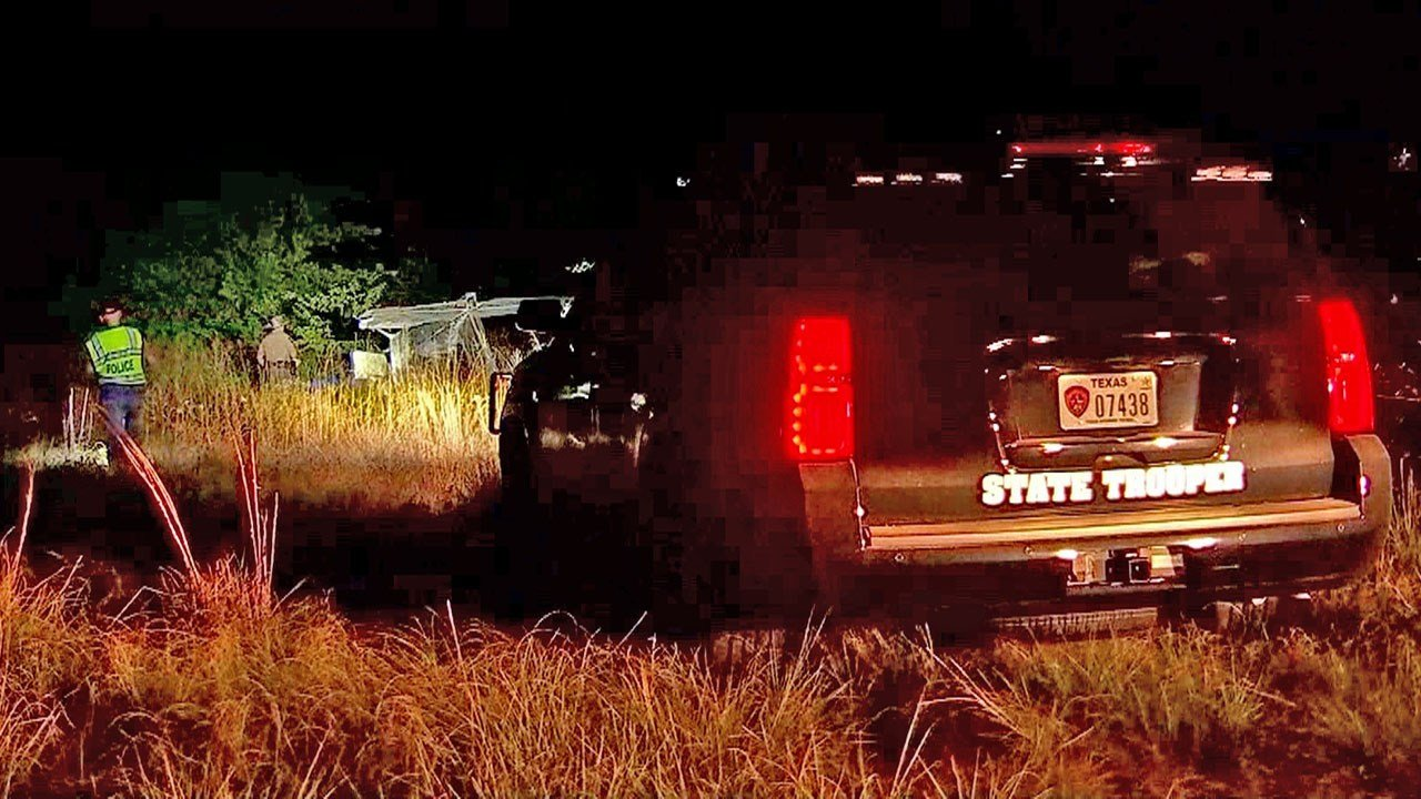 At least one person was killed when their small plane crashed in Wise County, Texas, on August 16, 2018. (KXAS)
