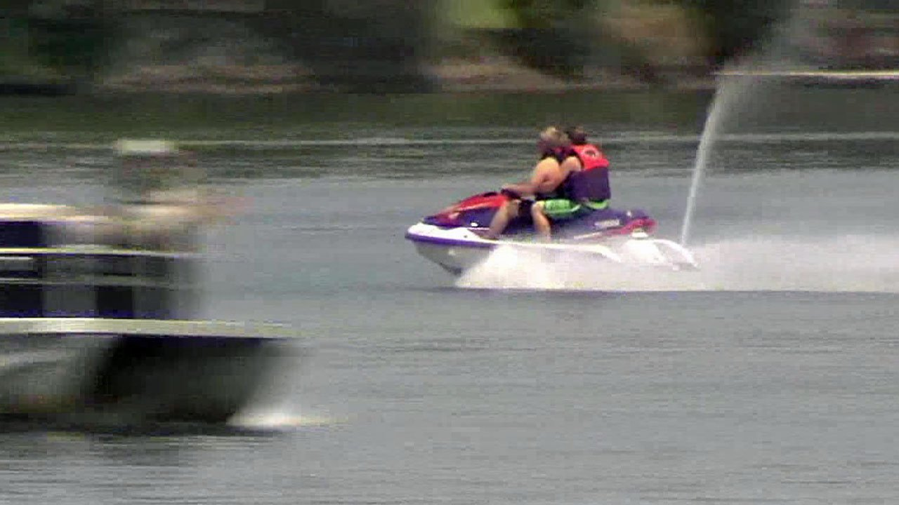 Officials urge boaters to stay safe on Texoma lakes over the Labor Day weekend. (KTEN)