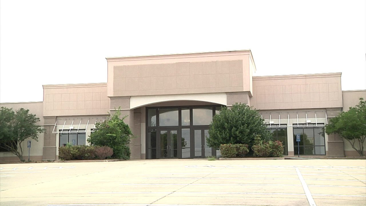 A former furniture store will be the new home for Holiday Powersports in Sherman. (KTEN)