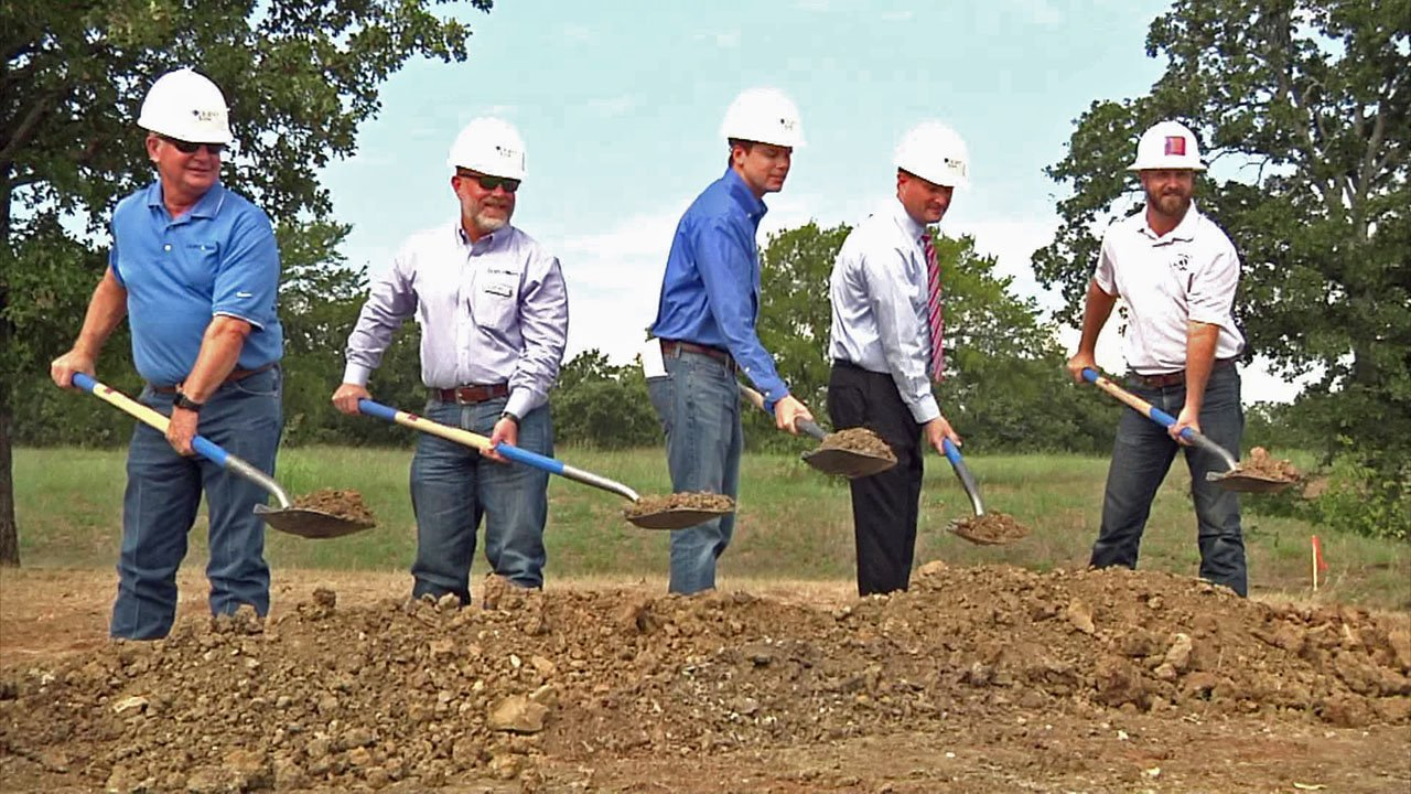 Legend Bank broke ground for its second Sherman office on September 20, 2018. (KTEN)