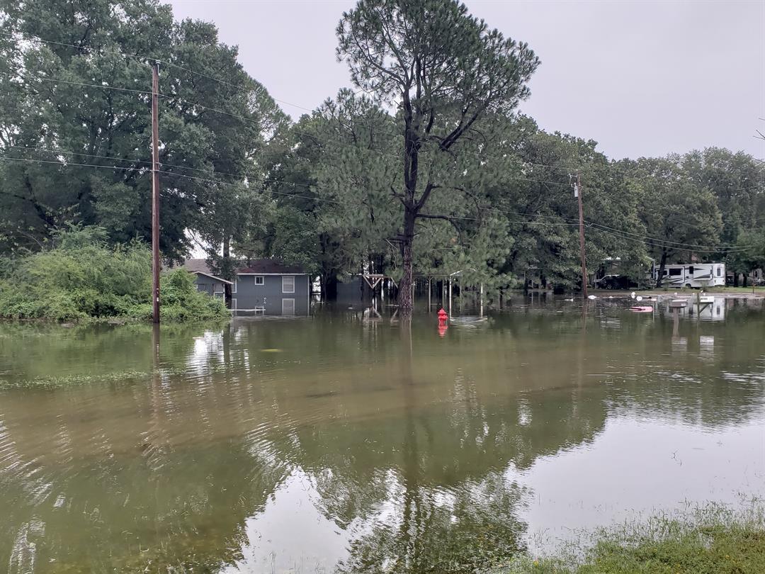 Torrential rain causes flooding in Bonham neighborhood (KTEN)